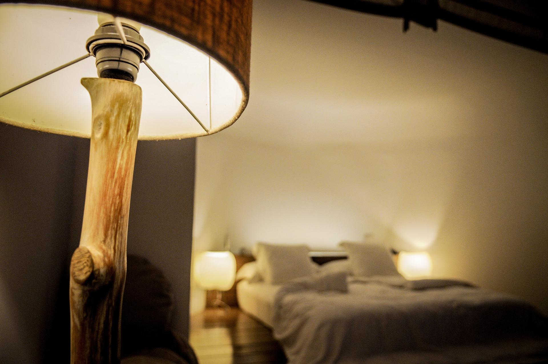 matelas ressorts est il indiqu en cas de mal au dos. Black Bedroom Furniture Sets. Home Design Ideas